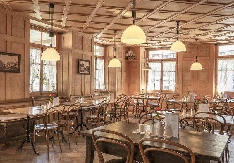 ¿Cómo adaptar tu negocio de hostelería a los tiempos actuales?